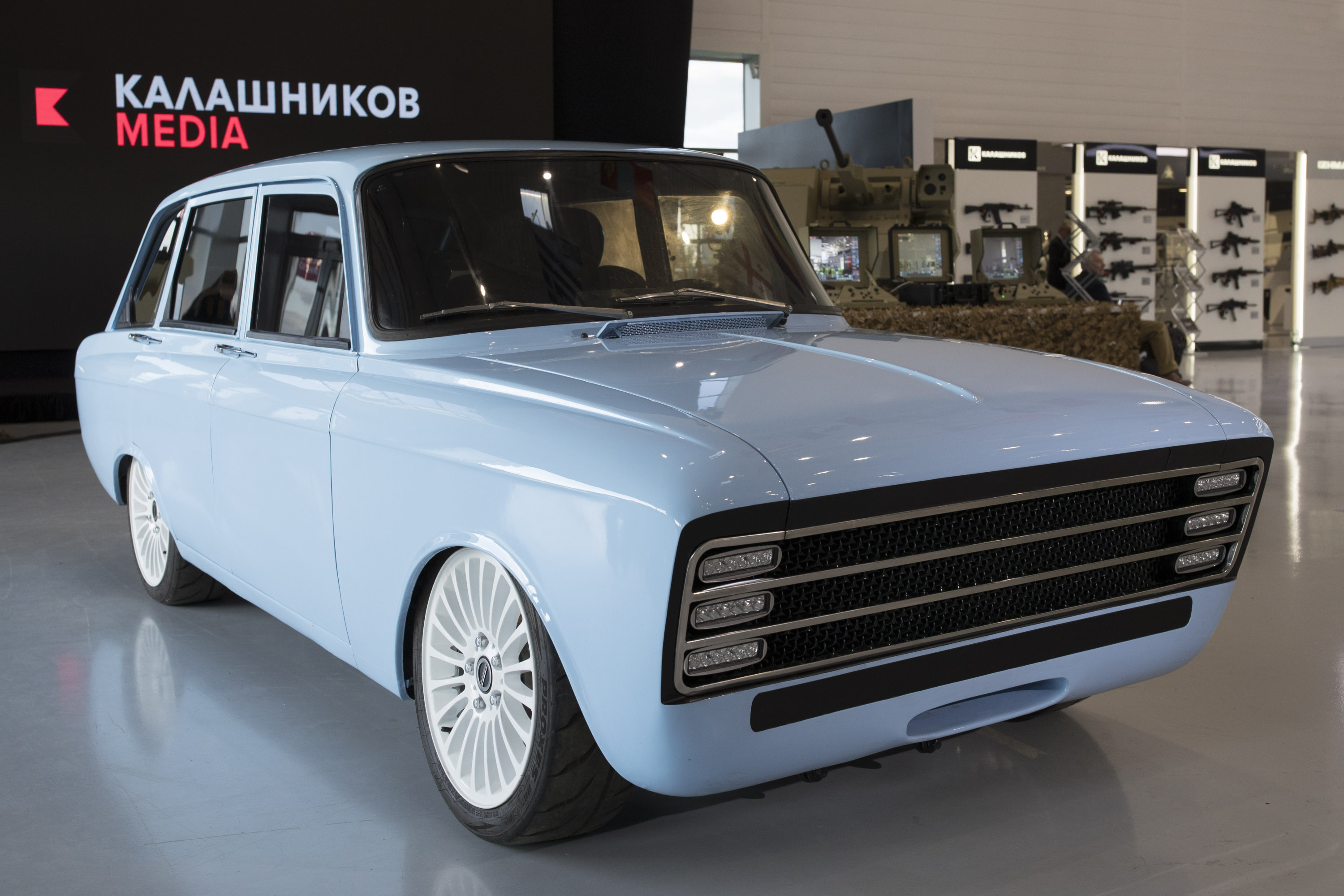 The new CV-1 by Kalashnikov is unique in its design, borrowing from an 1970 Soviet hatchback. Image: Kalashnikov